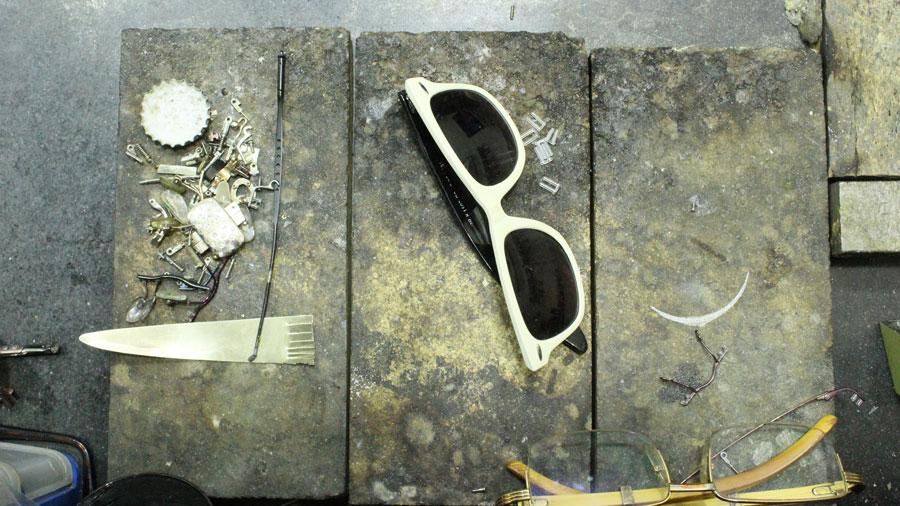 kemik güneş gözlüğü